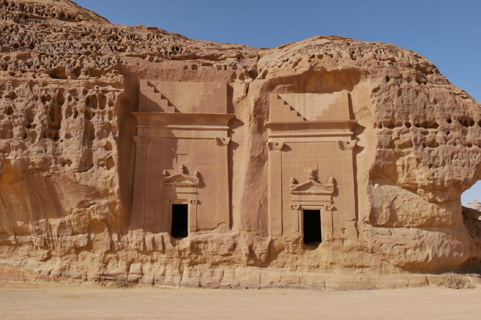 Niches carved into the rock at Mada�in Saleh, Saudi Arabia (paulfell / Adobe Stock)